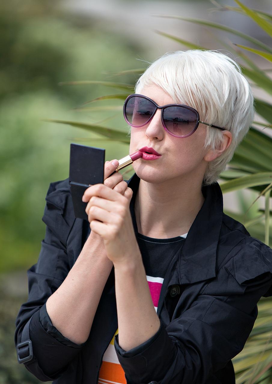lipstick-850597_1280
